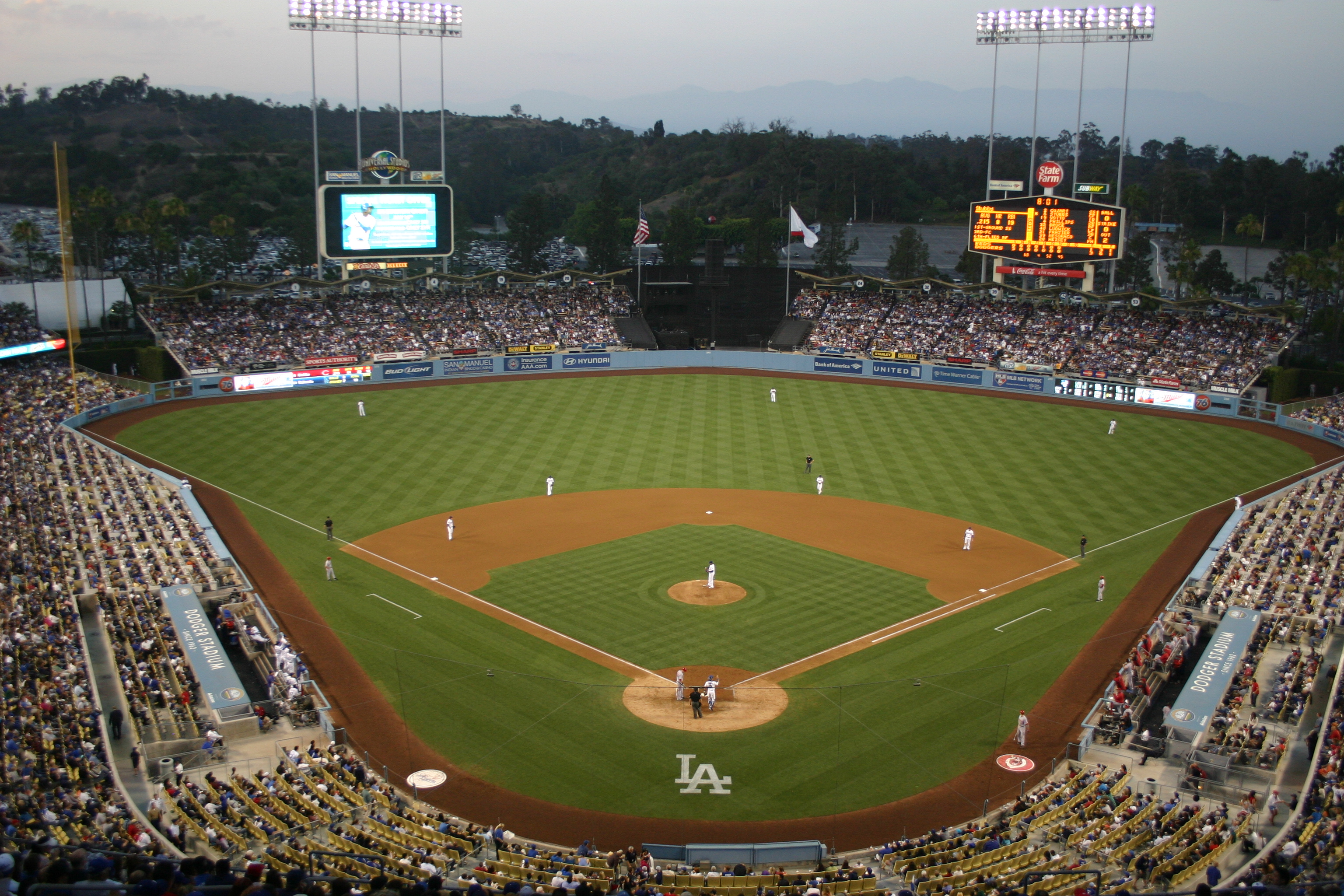 Book Your Luxury Baseball Tour On The West Coast And Get An Extra Room Night FREE Sign Up Now To Both Our 5 Off Special For
